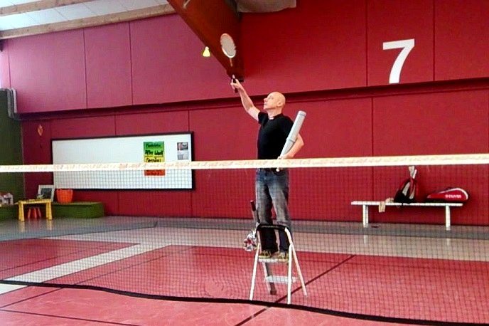 www.Badminton-Tips.de_017_youtube_-_04_Trittleiter_688px_Image-privacy